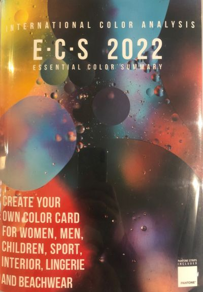 ESSENTIAL COLOR SUMMARY 2022